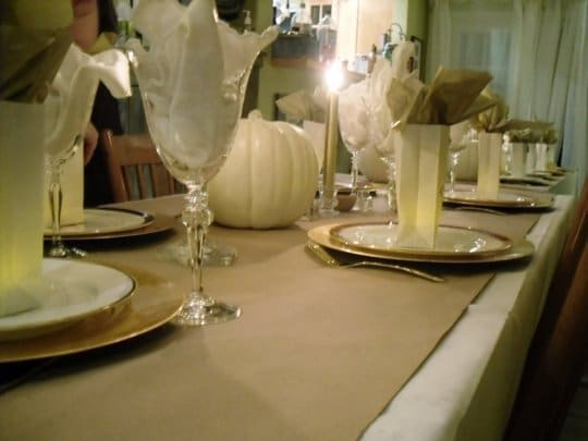 Frugal Thanksgiving Decor | Kraft Paper Table Runner via @thekitchn