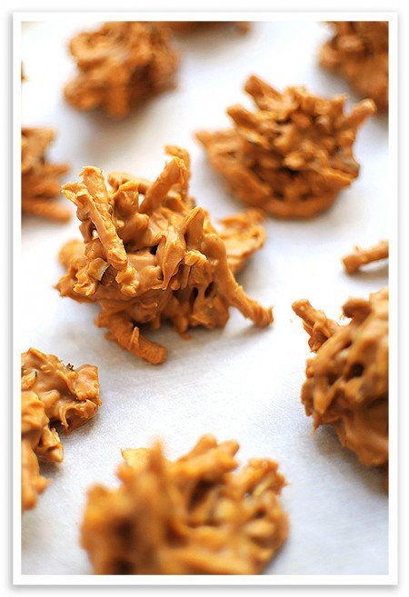 Haystacks from She Wears Many Hats | 3-Ingredient Holiday Cookies