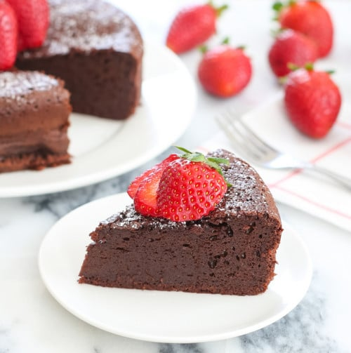 3-Ingredient Flourless Chocolate Cake from Kirbie's Cravings | Valentine Sweets