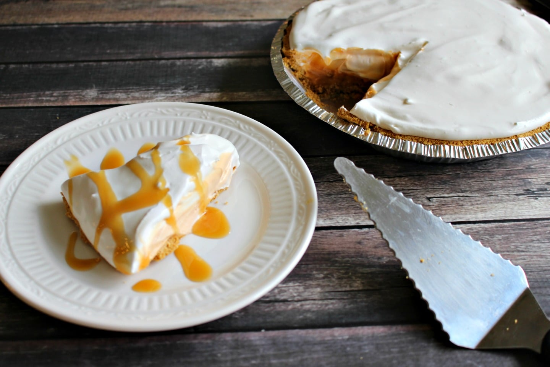 No Bake Butterscotch Pie - butterscotch pudding pie from It Is A Keeper